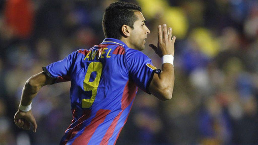 Ángel tras marcar uno de los goles del Levante