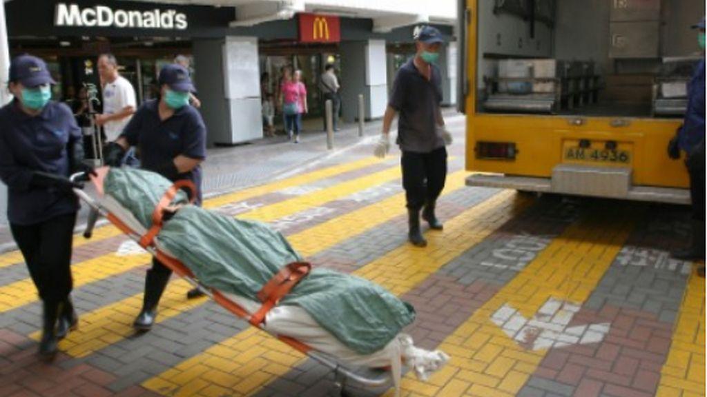 Retiran el cadáver de una mendiga de un McDonalds de Hong Kong