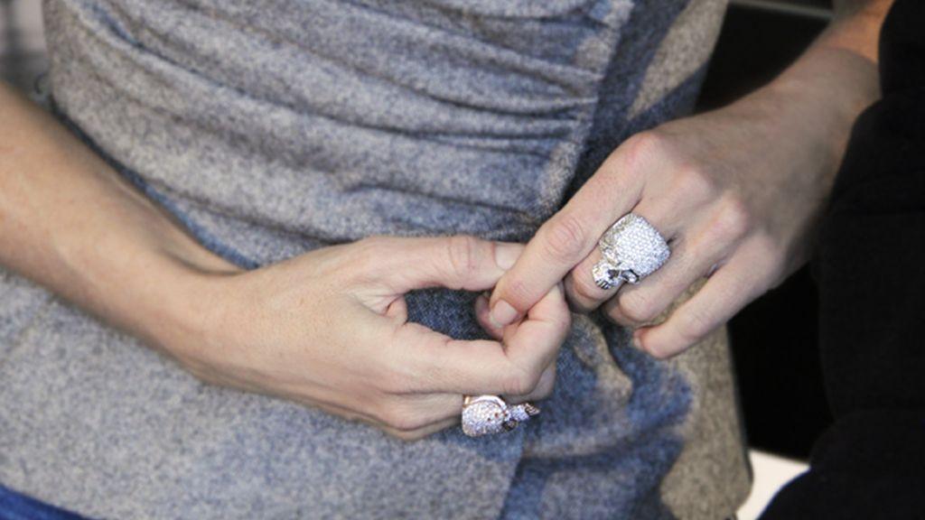 Los anillos con forma de calavera de Belén Rueda