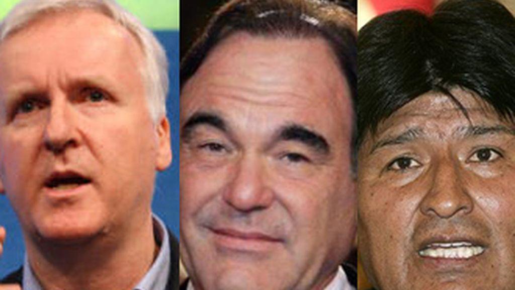 Los directores de cine Cameron (izq), Stone (centro) y el presidente de Bolivia Evo Morales. El mandatario los ha invitado a la próxima cumbre del clima.