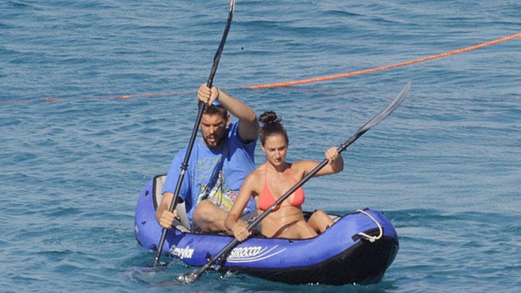 Marc y Cristina Blesa, en una piragüa