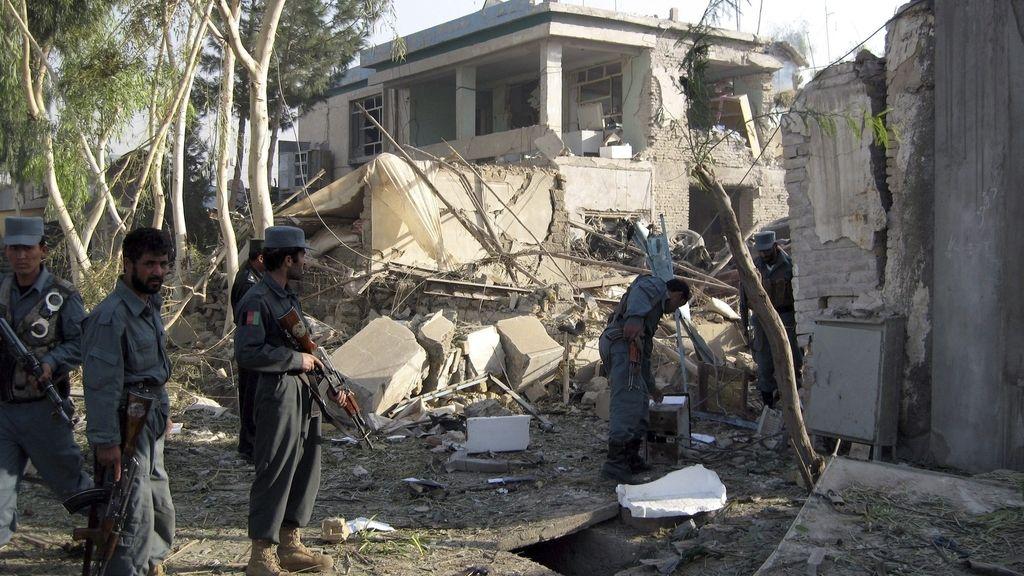 Al menos tres muertos por un atentado suicida en Afganistán