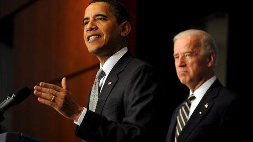 Imagen de este lunes del presidente Barack Obama, durante el discurso que ofreció en el Departamento de Transporte de Washington DC, Estados Unidos. EFE