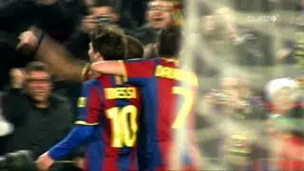 La magia de Messi e Iniesta
