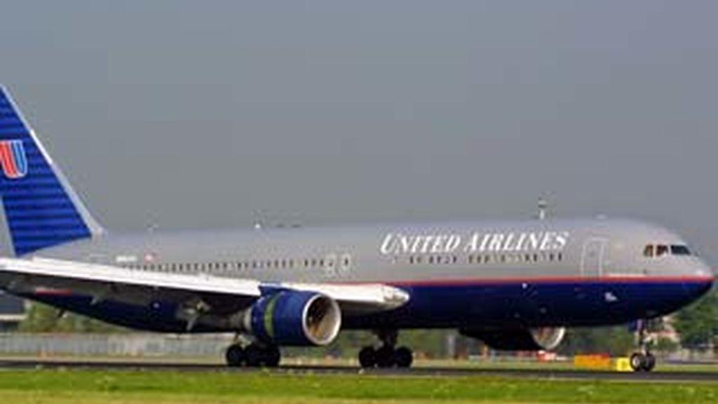 Detenido un piloto de United Airlines en estado de embriaguez