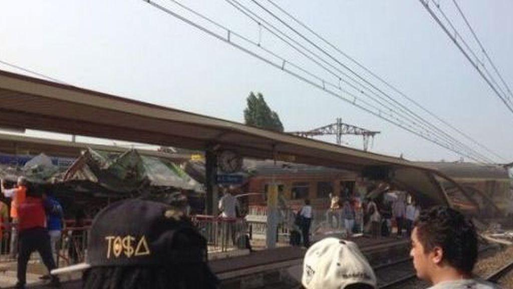Un tren descarrilla cerca de París