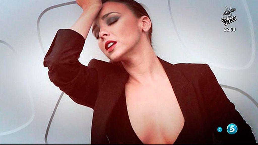 La cantante se desnuda para la revista 'Primera Línea'