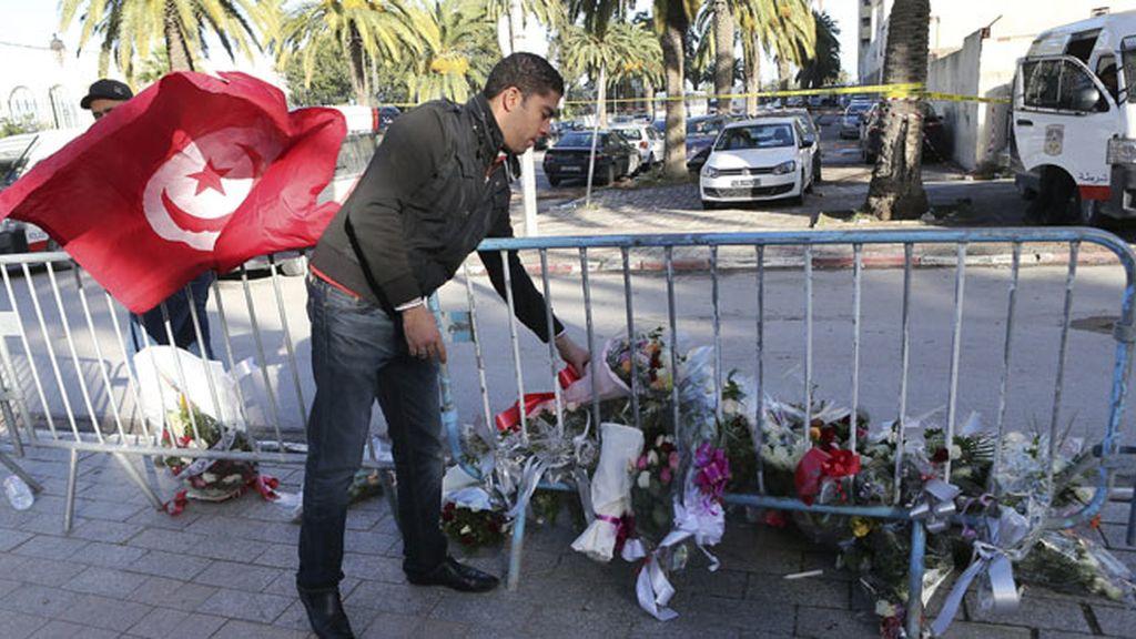 Atentado en Túnez a un autobús de la guardia presidencial