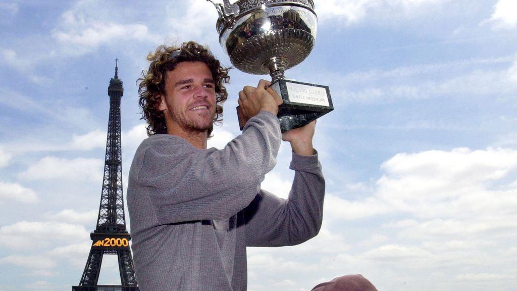 Gustavo Kuerten, ganador de Roland-Garros en 2000