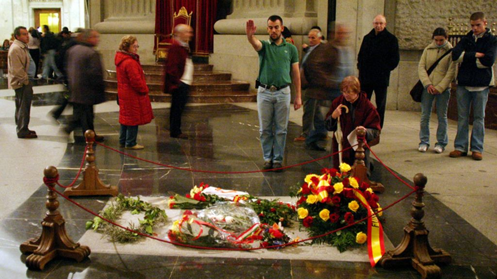 Nostálgicos de Franco le rinden homenaje cada 20 de noviembre