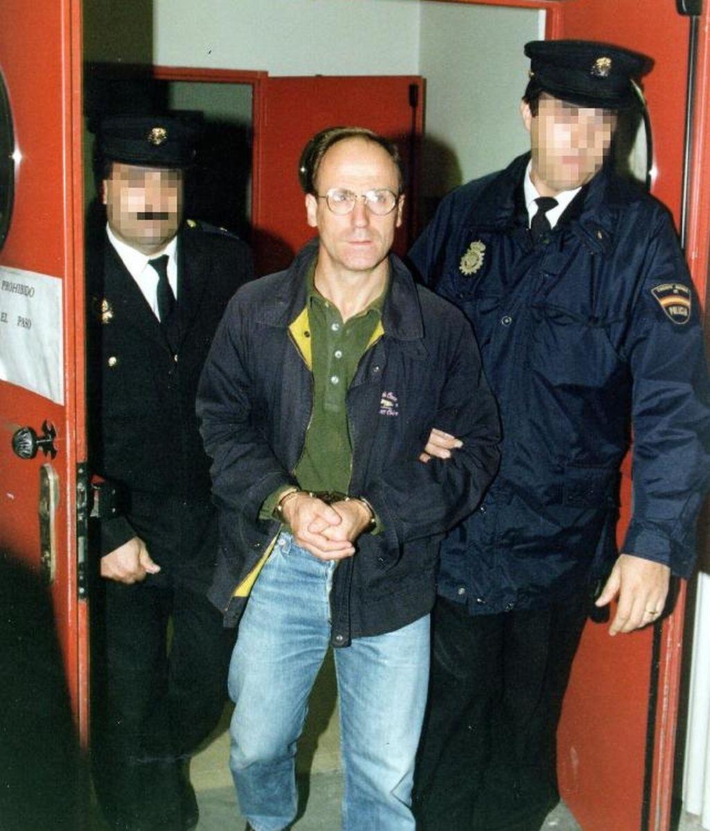 José Luis Álvarez Santacristina, alias 'Txelis tras su extradición de Francia en 1999.