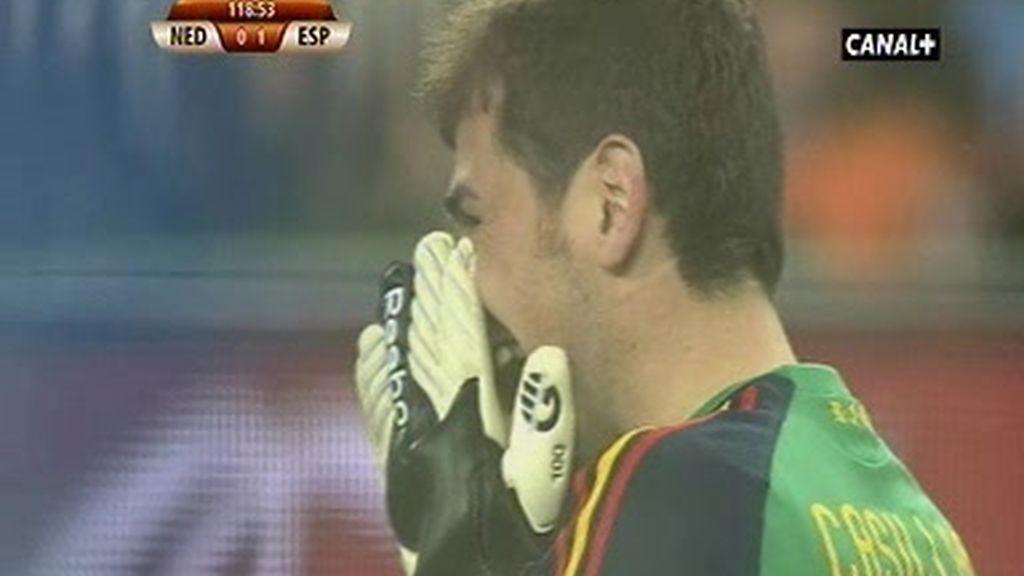 Las lágrimas de Iker, la euforia de España
