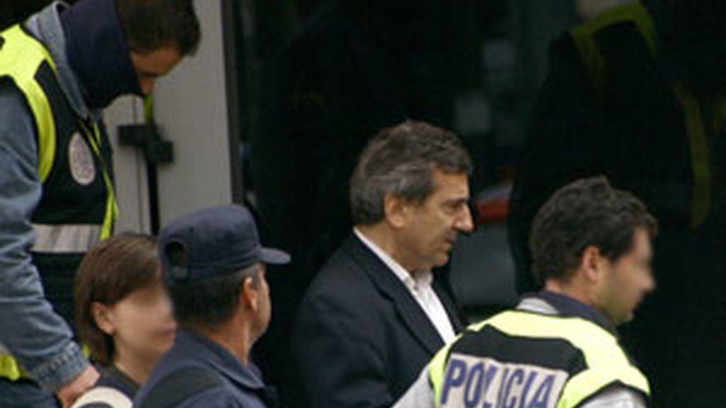 Imagen de archivo de la detención de Ginés Jiménez, jefe de la policía de Coslada. Foto:EFE