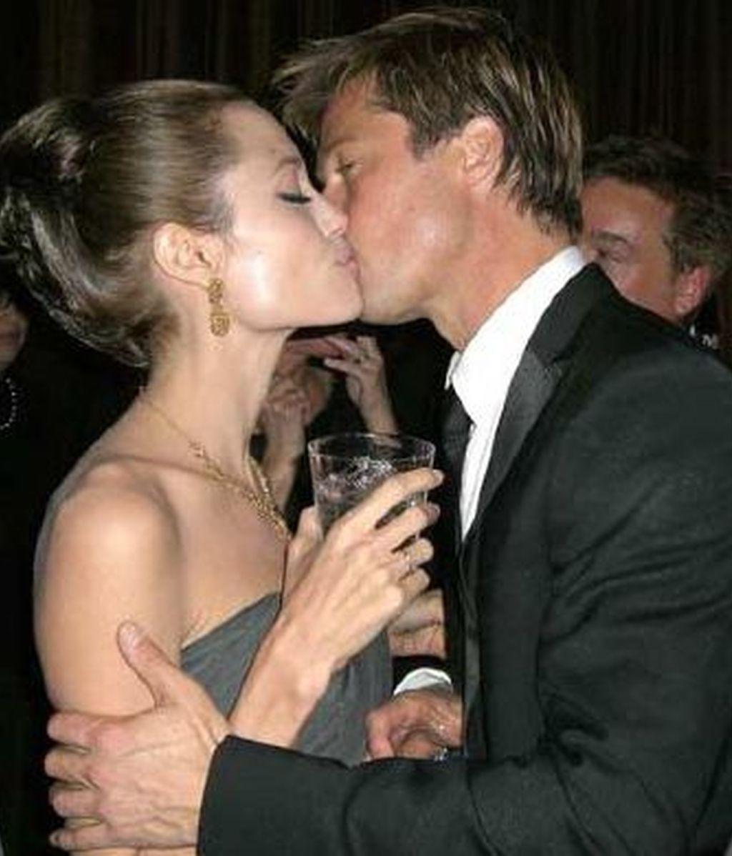 Angelina Jolie y Brad Pitt podrían anunciar la boda de un momento a otro, porque todo parece indicar que el enlace matrimonial es inminente.