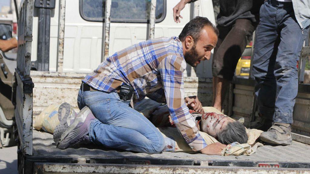Mueren al menos 18 personas por un bombardeo contra una escuela de Alepo