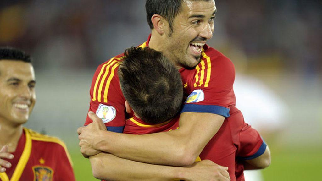 España vence a Finlandia con cómoda ventaja 0-2