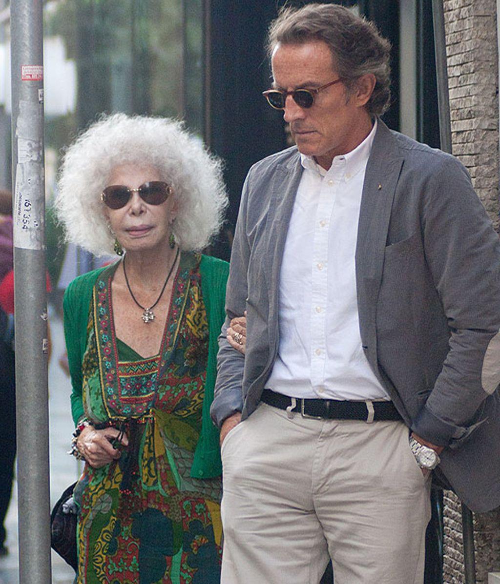 La Duquesa viste a su marido, Alfonso Diez, como a Fran Rivera