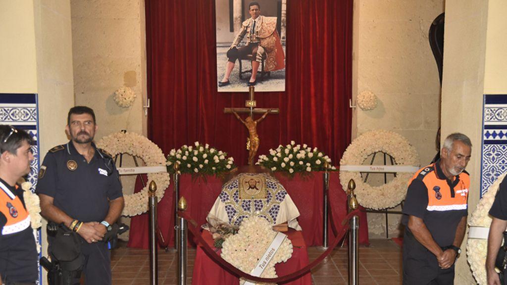 Capilla ardiente de José María Manzanares