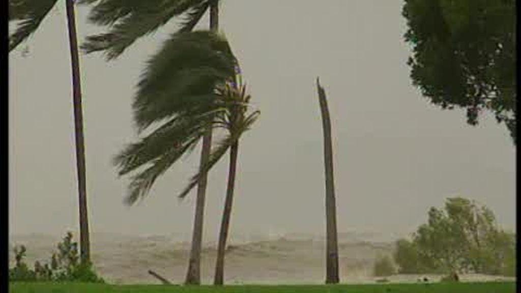 'Yasi' barre Australia  y deja cuantiosos daños materiales