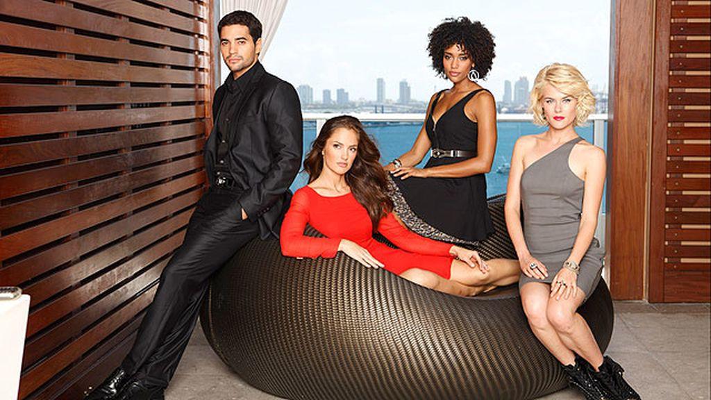 Glamour, acción y adrenalina se dan cita en esta ficción ambientada en Miami