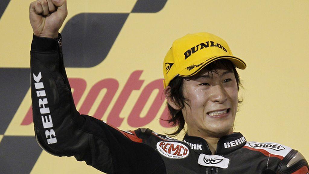 El piloto japonés de MotoGP, Shoya Tomizawa