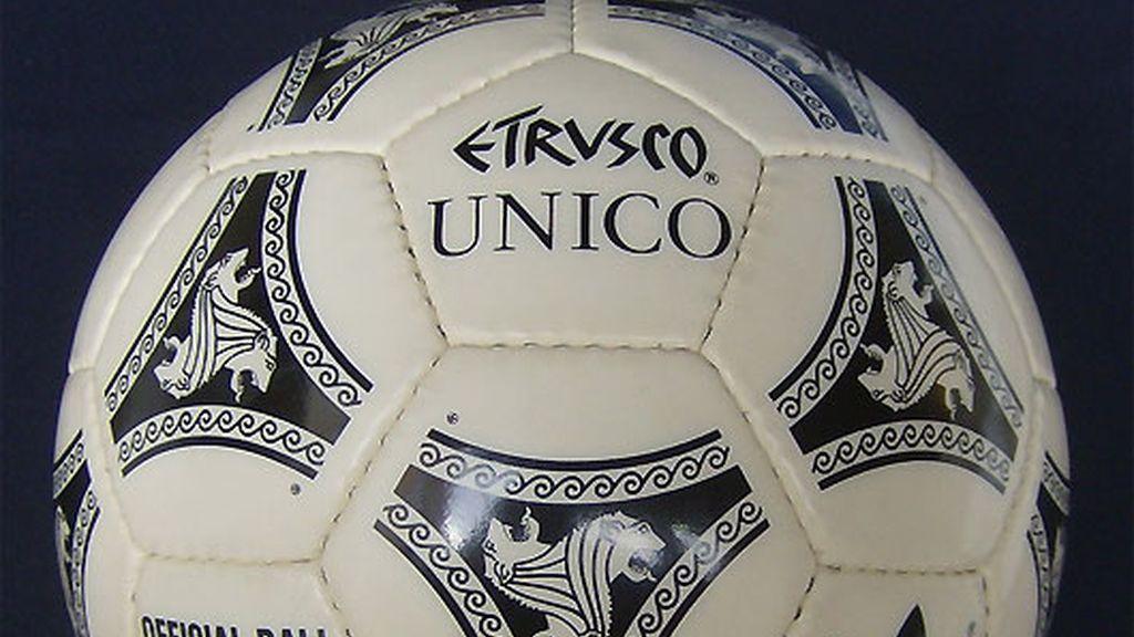 1990. Etrusco UNICO. Italia