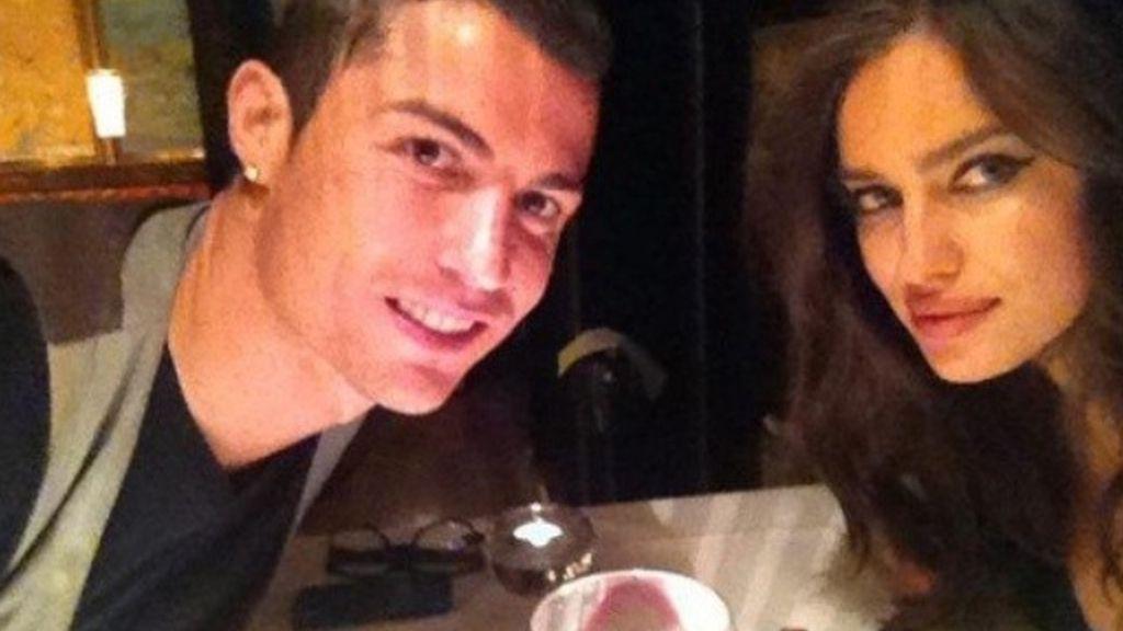 Cristiano Ronaldo e Irina Shayk de cena romántica