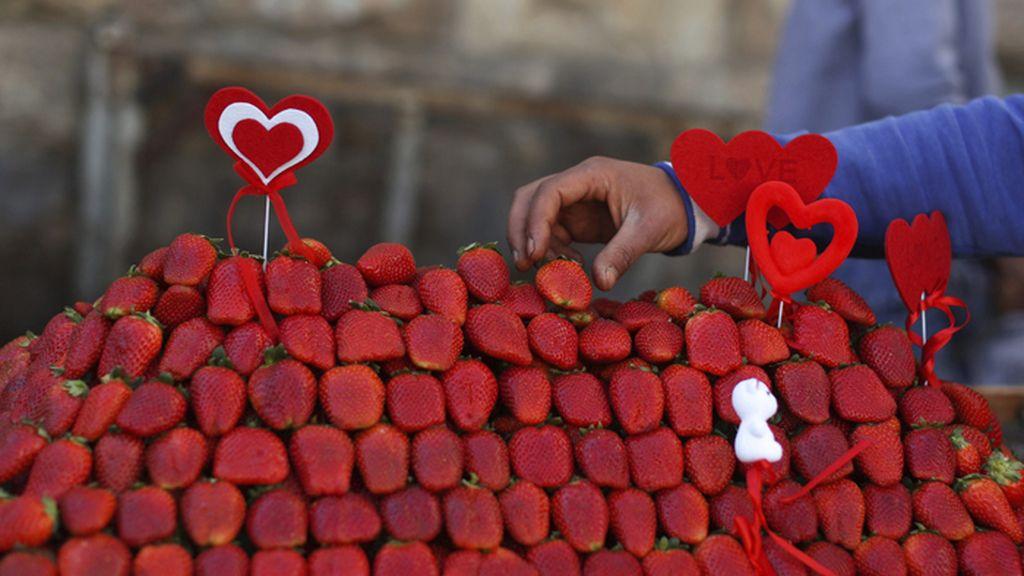 Fresas y corazones para celebrar San Valentín en Ramala