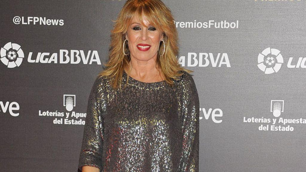 Miriam Díaz Aroca, vestida de plateado