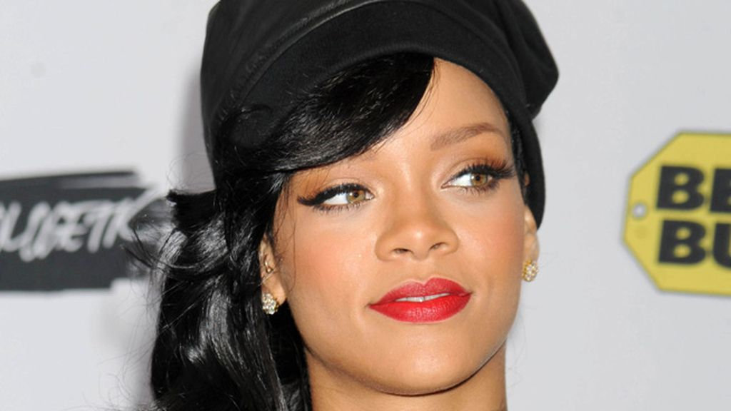 Rihanna, la chica mala de Barbados, la penúltima
