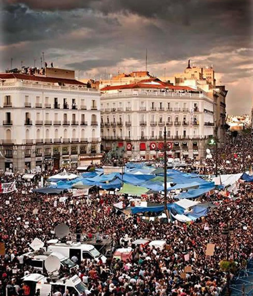 """Democracia Real Ya y Acampada Sol se desmarcan de los altercados de una """"minoría"""""""
