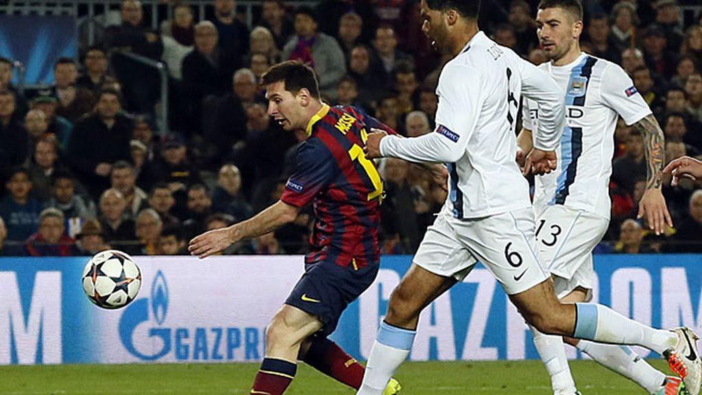 Messi marca ante el City