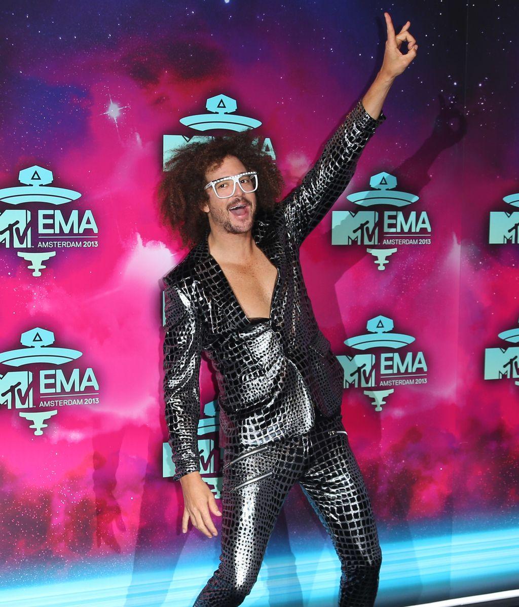 Redfoo posa para los fotógrafos en los MTV EMA