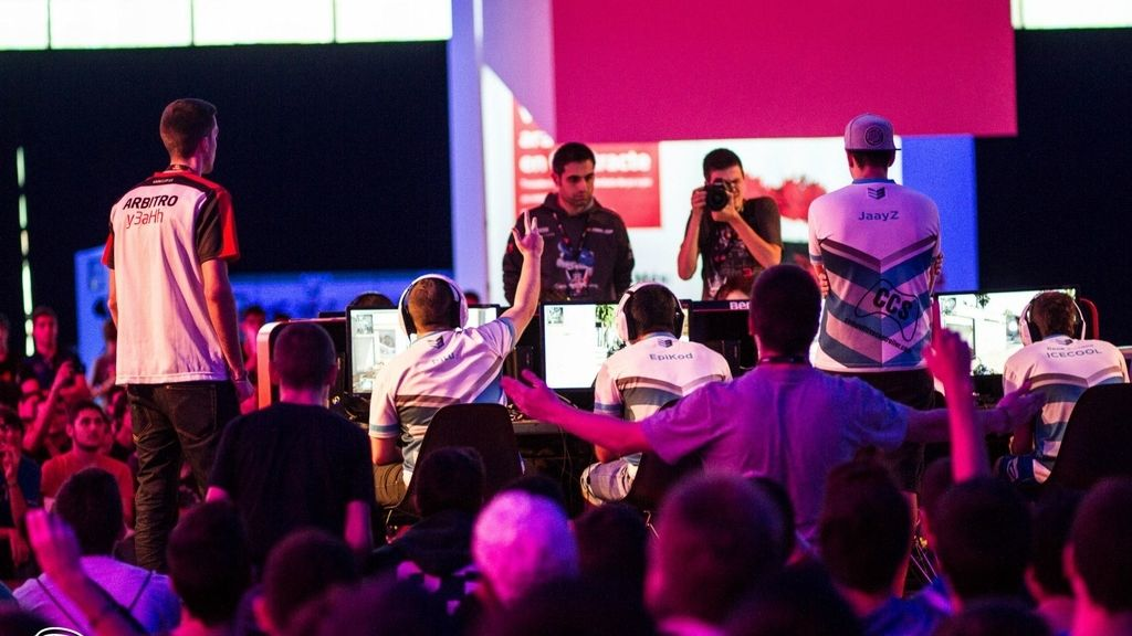 Final Cup, LVP, Y3ah, eSports, Call of Duty, estadio gamer
