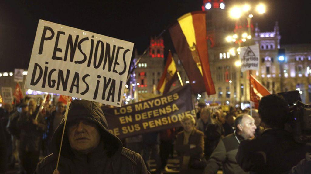 Manifestación convocada por la Cumbre Social en defensa del Estado del Bienestar