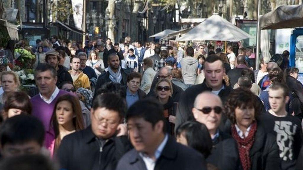 La población crece poco en España con cada vez menos extranjeros