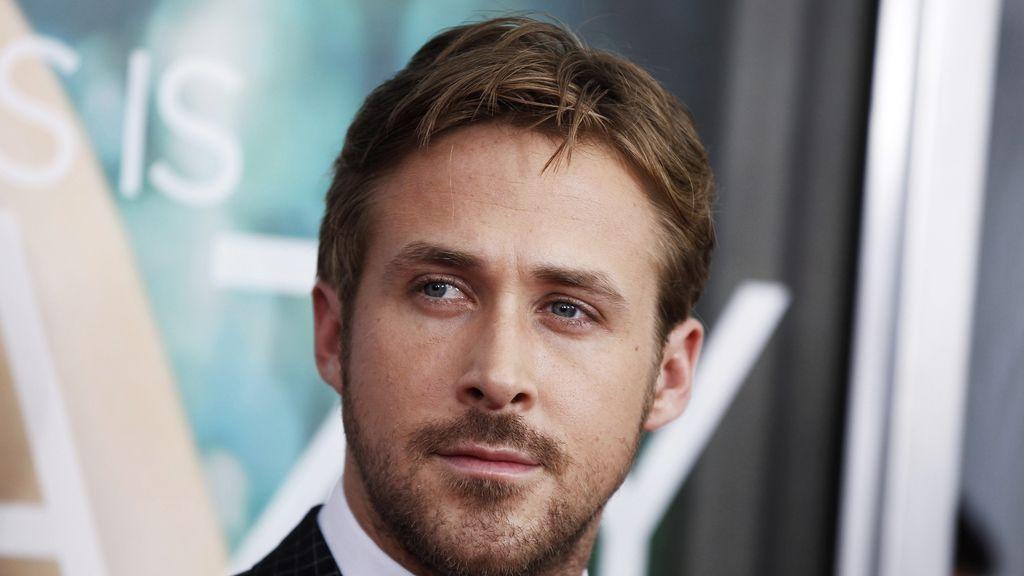 Ryan Gosling, favorito para reemplazar Charlie Hunnam en 'Cincuenta sombras de Grey'