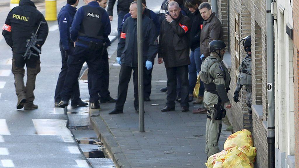 La policía detiene a tres de los secuestradores de un apartamento en Gante