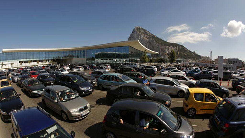 Los atascos y la demora en el paso de Gibraltar