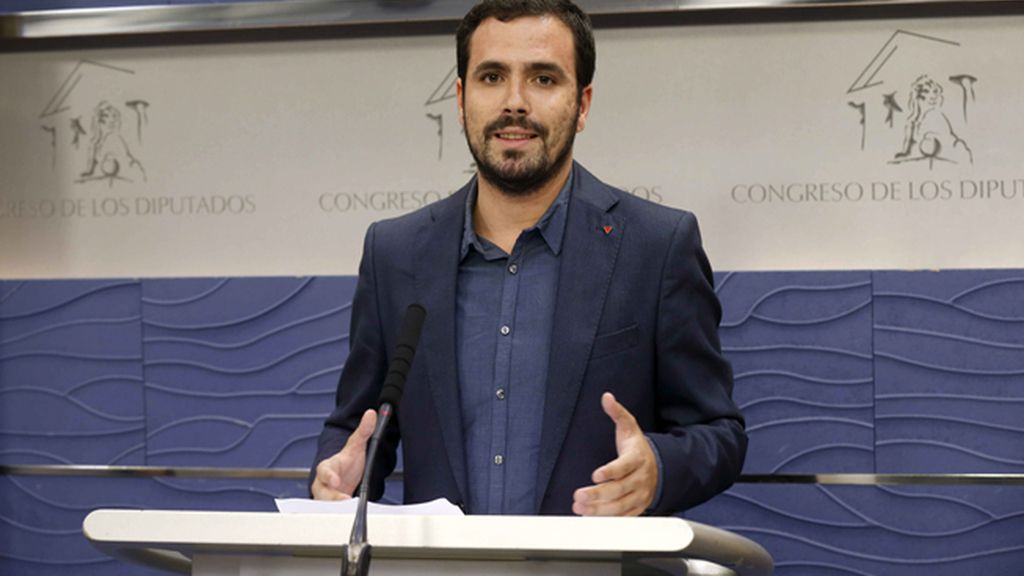 """Garzón acusa a Rajoy: """"Los Presupuestos condenan a la gente a contratos basura"""""""