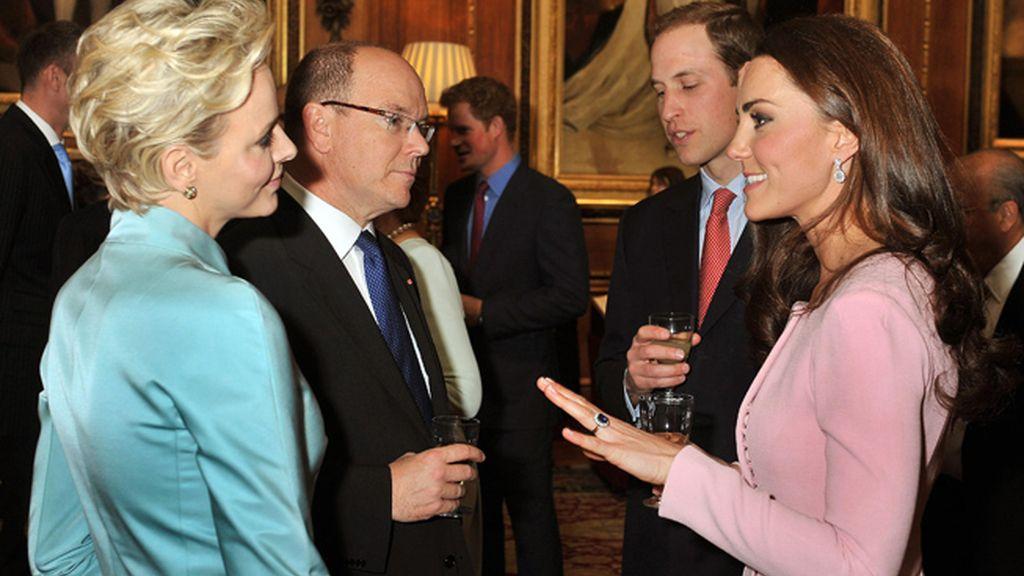 Los príncipes de Mónaco, Charlene y Alberto, con los duques de Cambridge, Katherine y William