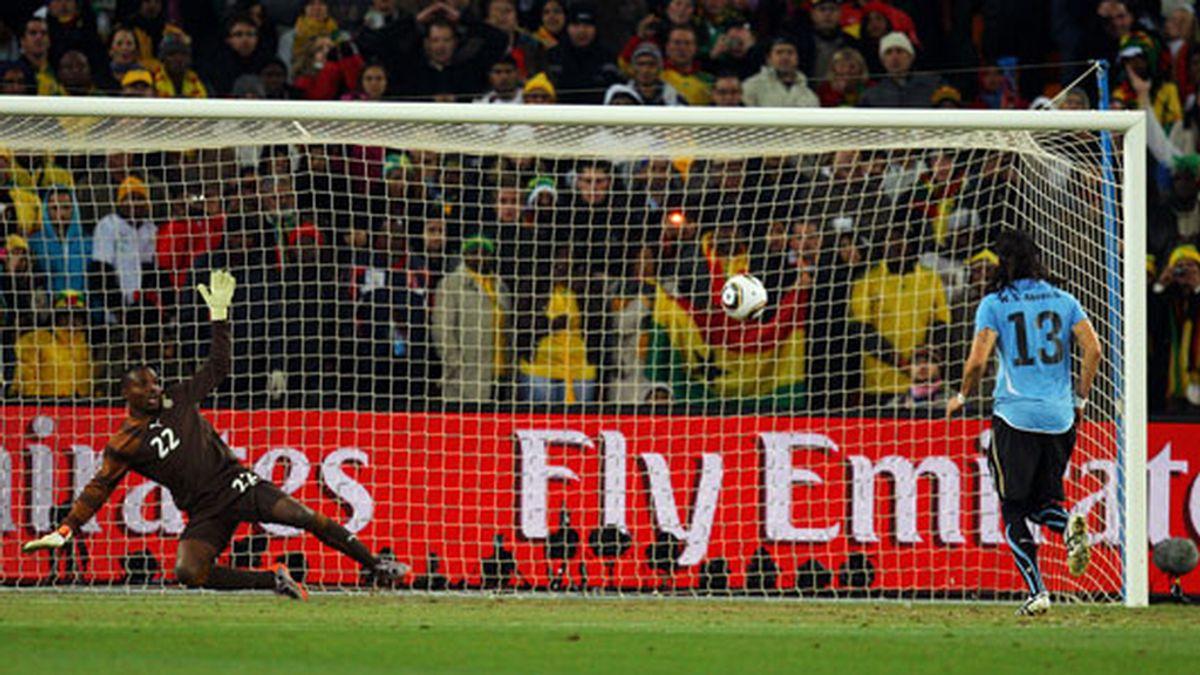 Abreu marcó el penalti decisivo de Uruguay lanzándolo a lo Panenka