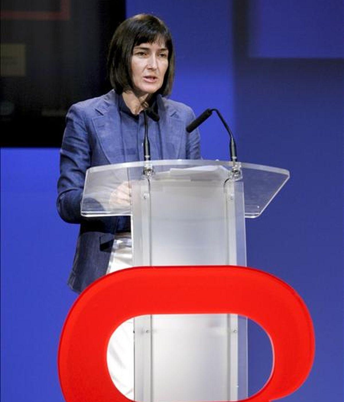 La ministra de Cultura, Ángeles González-Sinde, durante su intervención en la inauguración hoy en Gijón de la V Feria Internacional de Ocio Interactivo Gamelab 2009. EFE