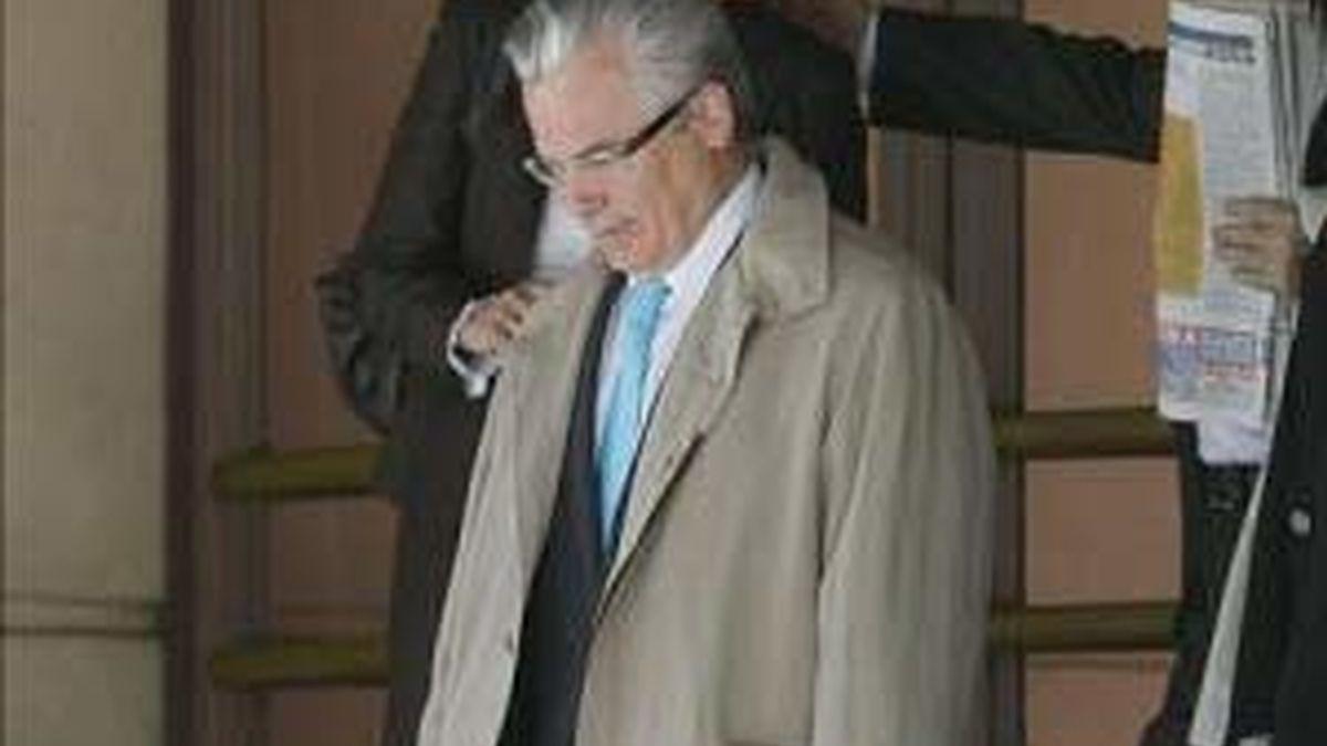 El anuncio de juicio a Garzón desata una ola de apoyos al juez.  Vídeo: ATLAS