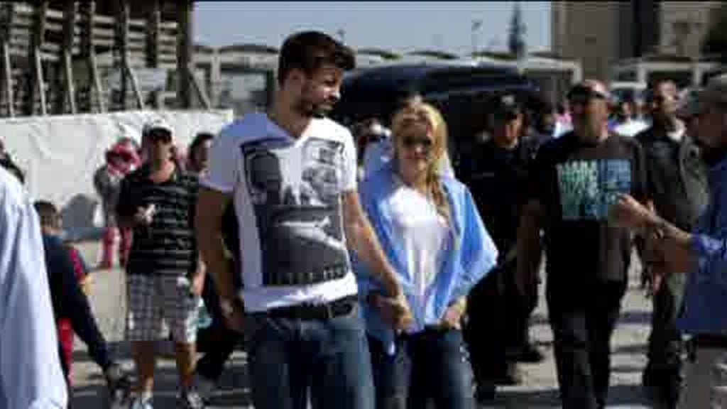 Shakira y Piqué con Simon Peres