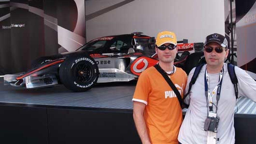 En el box de McLaren
