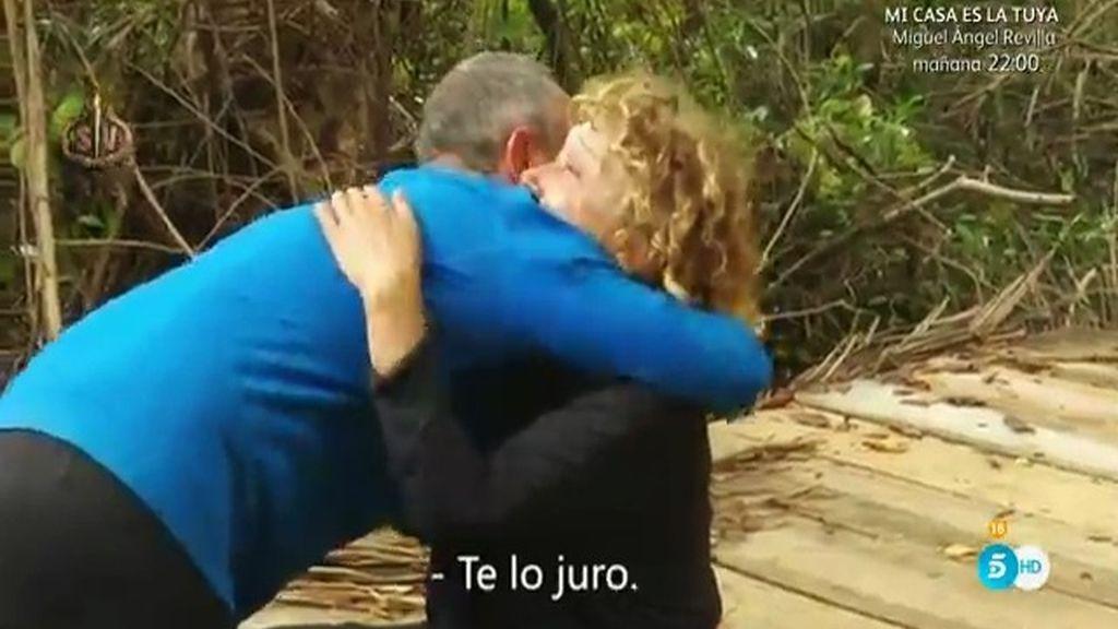 """Víctor Sandoval vuelve arrepentido de su abandono: """"Juro que me quedo con vosotros"""""""