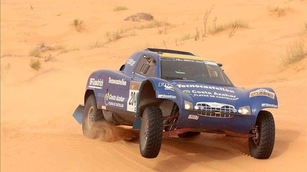 La organización del Rally de Túnez decidió esta mañana suspender la segunda etapa del Rally de Túnez por la falta de seguridad al levantarse una tormenta de arena. EFE/Archivo