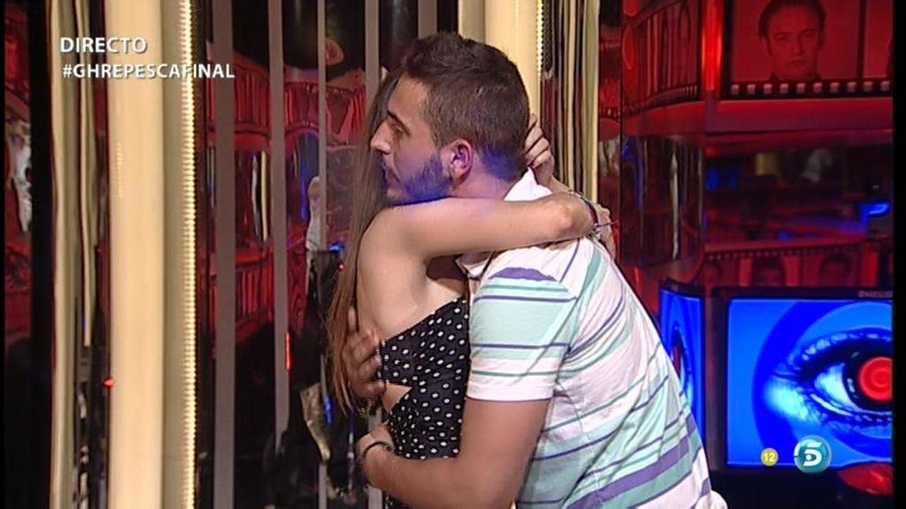 Saray e Iván, juntos en la sala de expulsión