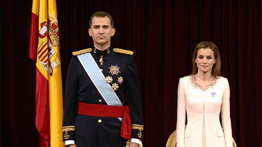 Don Felipe VI, el monarca que debe recuperar el terreno de la monarquía